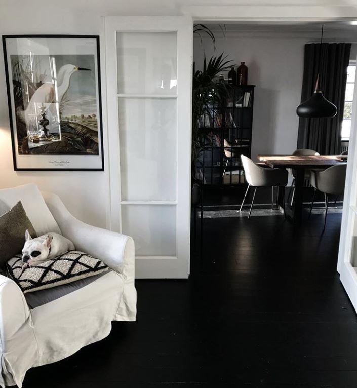 nen chon gach lat nen mau gi den 1 - Nguyên tắc chọn màu gạch hợp với ngôi nhà và phong thuỷ